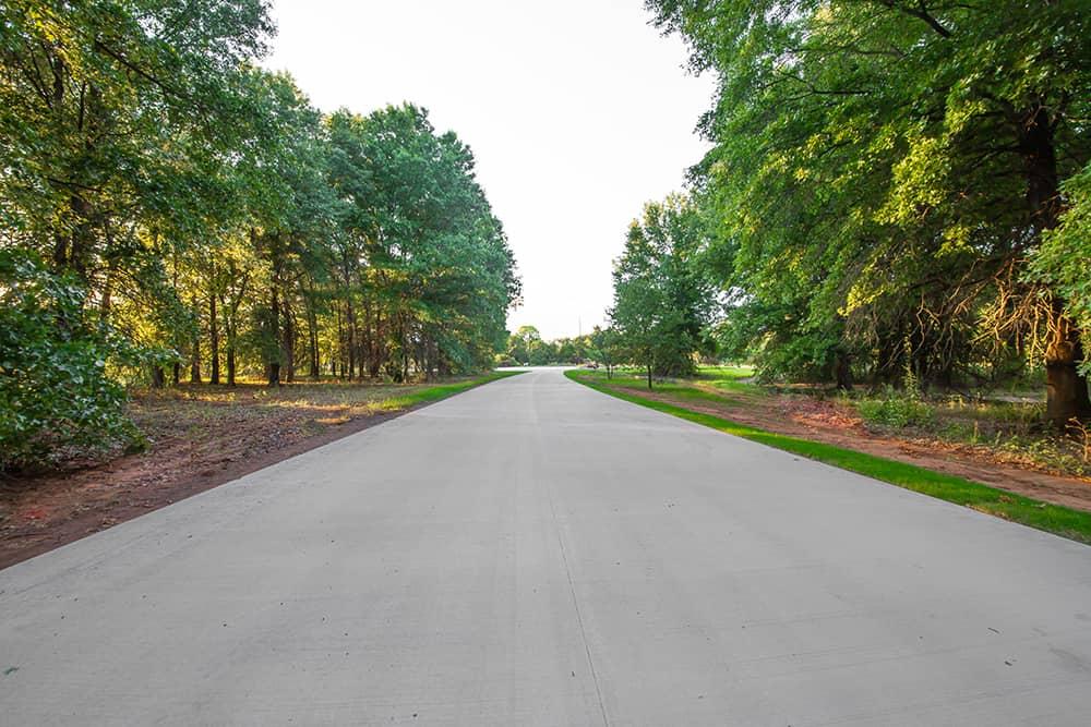 roadway for botanical garden